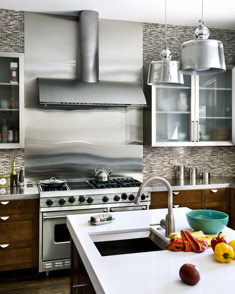 8 Gallon Stainless Steel Pot with Contemporary Kitchen Also Island Lighting Kitchen Canisters Kitchen Island Pendant Lighting Range Hood Restaurant Grade Stainless Steel Appliances Stainless Steel Backsplash Tile Kitchen Backsplash