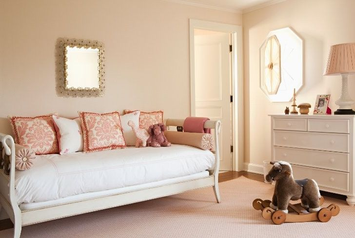 Adult Daybed   Transitional Kids  and Baby Girls Bedroom Daybed