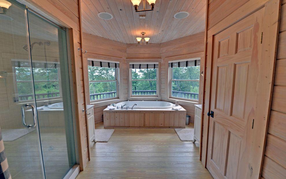 Apple Store Augusta Ga   Traditional Bathroom  and Custom Ellijay Envision Virtual Tours Estate Ga Gates Chapel Georgia Home Professional Photographers Real