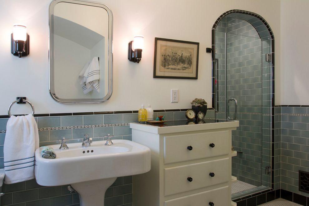 Bathrooms in Spanish   Mediterranean Bathroom  and Blue and White Bathroom Historical Bathroom Spanish Bathroom