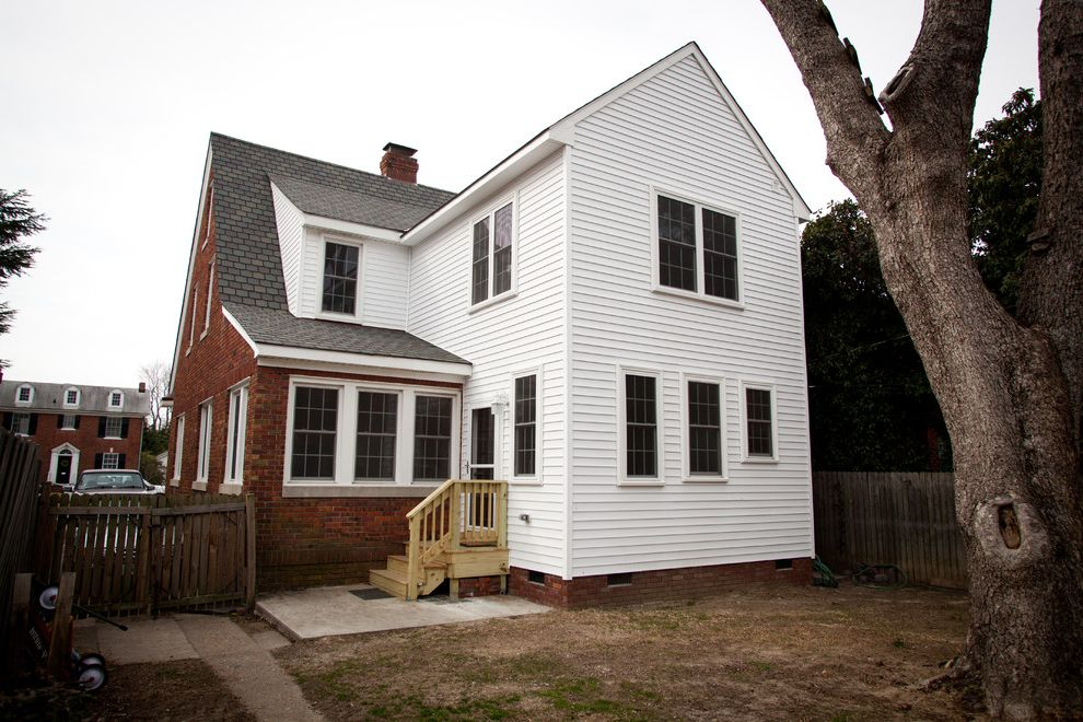 Bowditch Ford Newport News Virginia with Traditional Exterior and 2 Story Addition