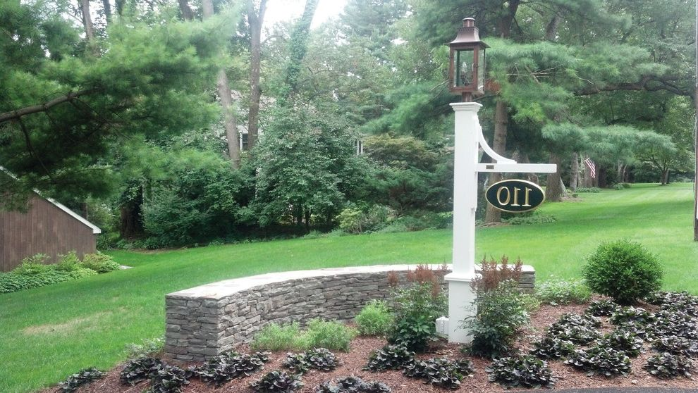 Bucks Country Gardens with Traditional Spaces  and Lamp Post Landscape Mailbox Outdoor Design Walpole