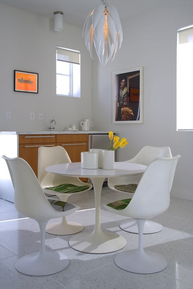 Chair Pads for Kitchen Chairs   Modern Dining Room Also Chair Pads Eat in Kitchen Marble Saarinen Sculptural Chandelier Sculputural Pendant Light Terrazzo Tile Floor Tulip Chairs Tulip Table White Dining Chairs White Dining Table White Pendant