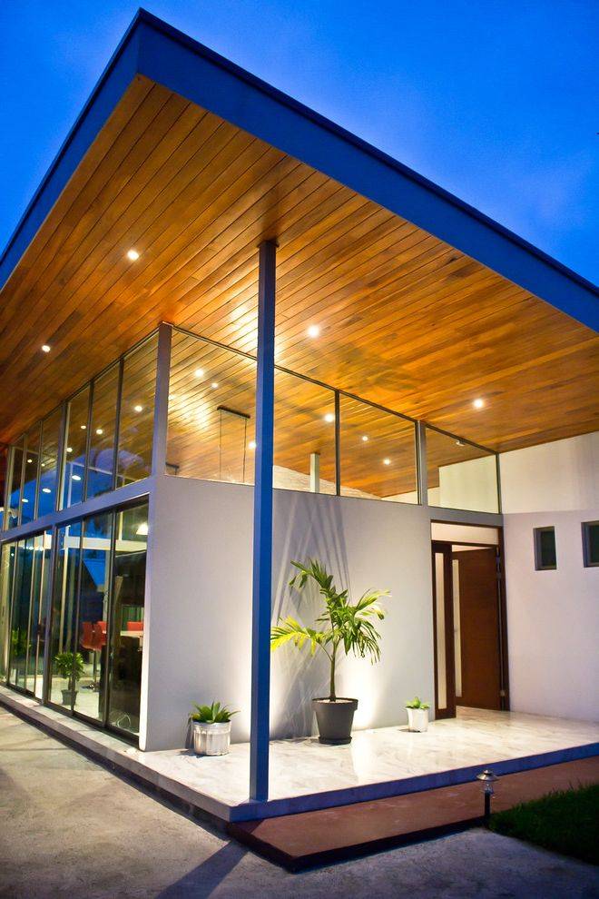 Chavez Roofing   Contemporary Exterior Also Carlos Esquivel Casa Ceilings Cielos Cielos Altos Cocina Costa Rica Glass High Ceilings House Iluminacin Isla Kitchen Lighting Luces Madera San Ramon Vidrio Wood