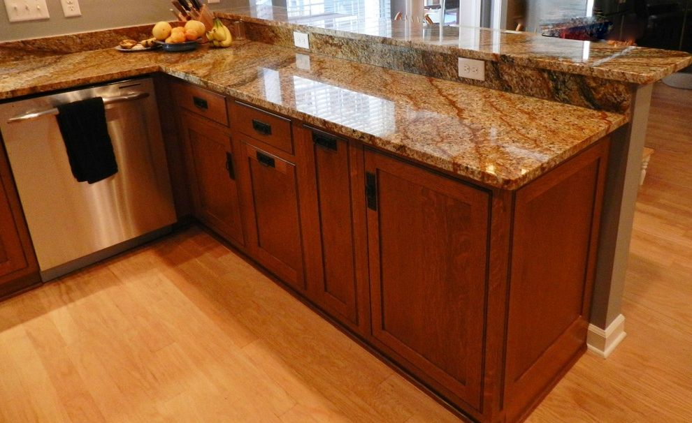 Copper Canyon Granite with Craftsman Kitchen  and Copper Canyon Granite