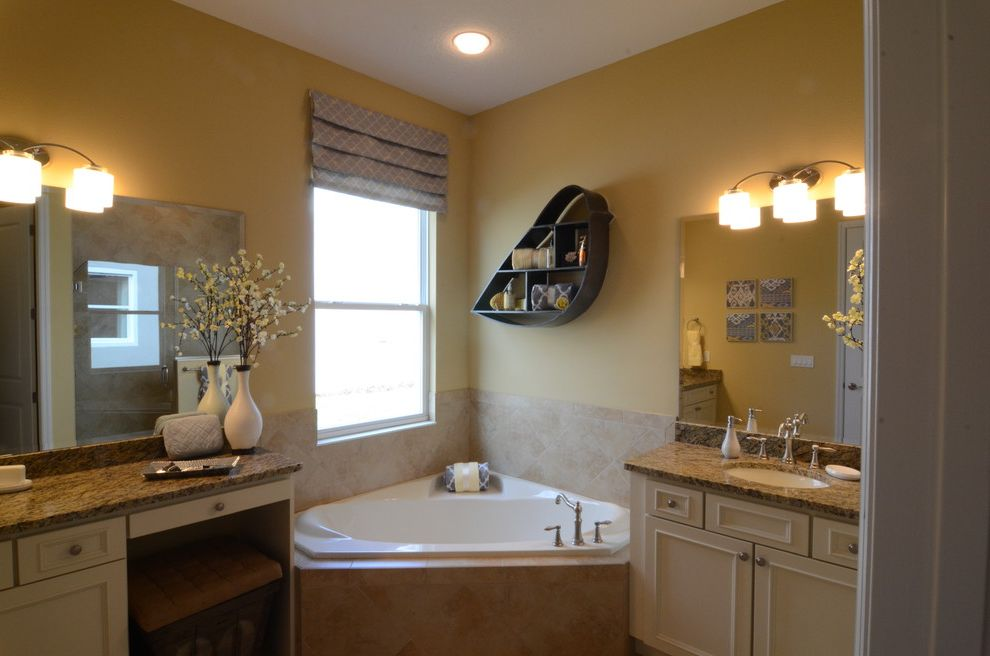 Cresswind at Victoria Gardens with  Bathroom  And