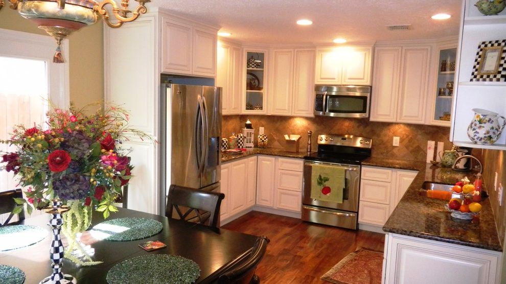 Everhart Construction   Traditional Kitchen  and 1970s Kitchen Remode Granite Counter Tops Painted Cabinets