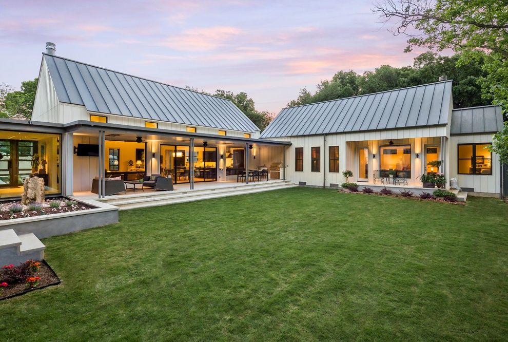 Modern Farmhouse On Dallas, Texas $style In $location