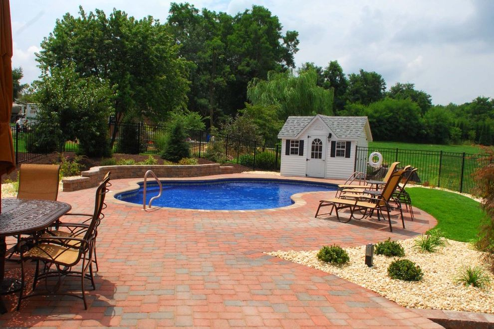 Goodall Pools   Traditional Pool Also Traditional