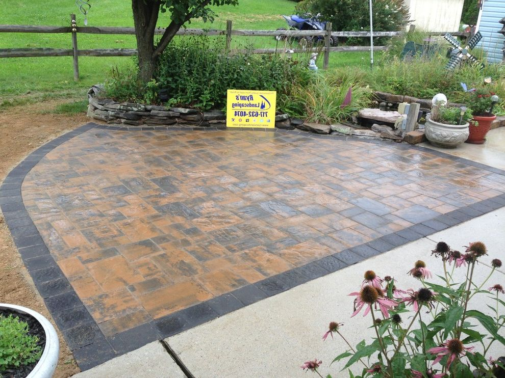 Hanover Pavers with Traditional Spaces Also Concrete Contractor Design Gettysburg Hanover Hardscape Interlocking Landscape Patio Paver Professional