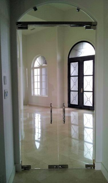 Herculite Doors   Industrial Entry  and Commercial Glass Doors Glass Doors Herculite Doors