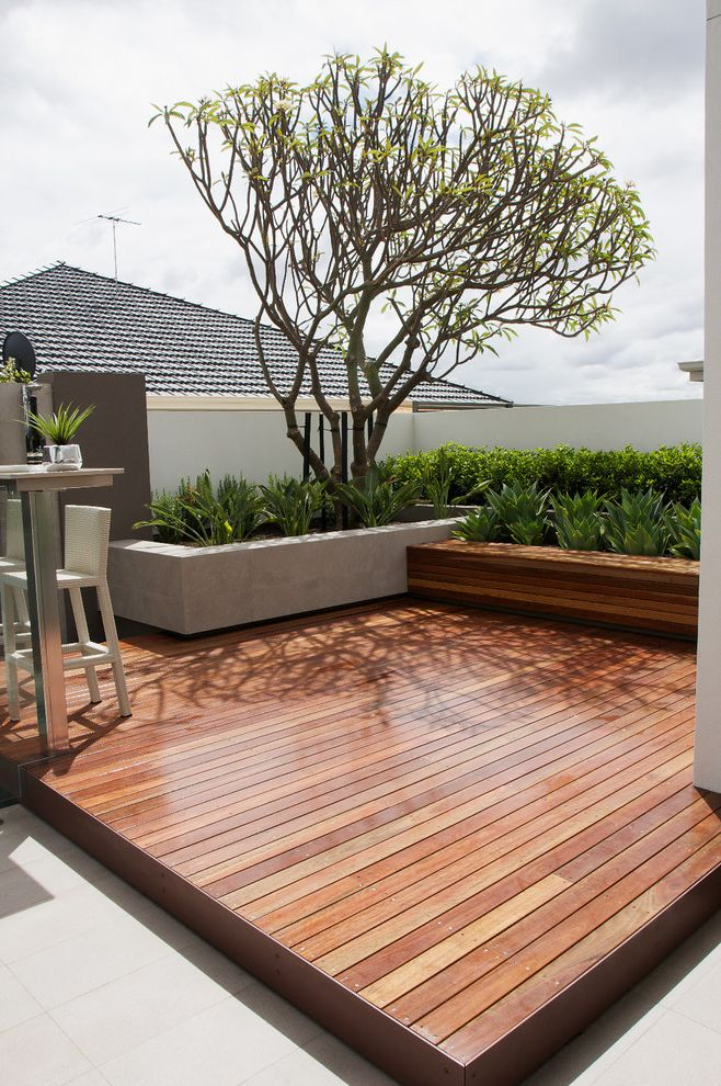 How to Build a Composite Deck with Contemporary Deck  and Built in Bench Concrete Planter Decking Outdoor Bar Outdoor Counter Stool Outdoor Stool Stucco Wall Tree Wood Bench Wood Deck Wood Platform Deck