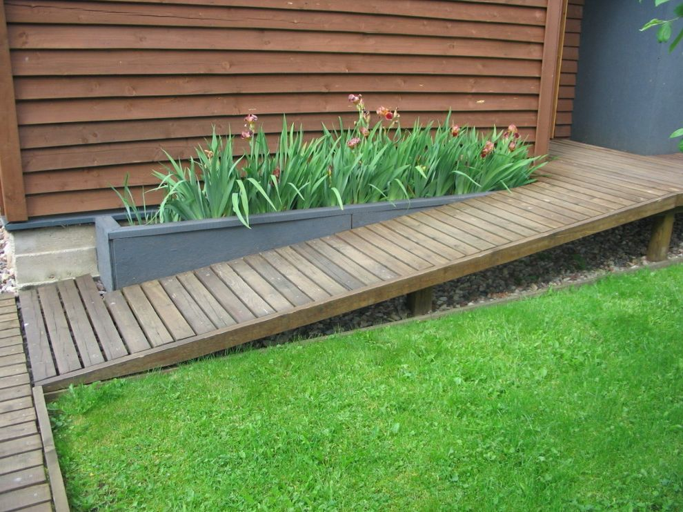 How To Build A Wheelchair Ramp With Contemporary Landscape