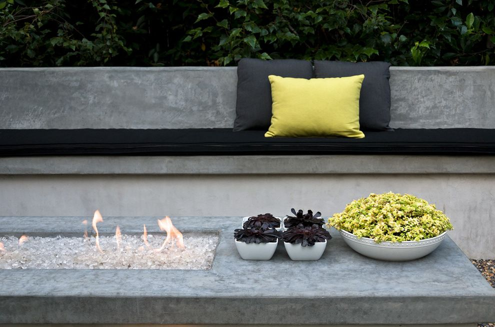 How to Make a Propane Fire Pit with Contemporary Landscape Also Black Cushions Black Foliage Built in Bench Chartreuse Concrete Bench Concrete Fire Pit Concrete Wall Fire Pit Modern Dining Modern Fire Pit Succulents