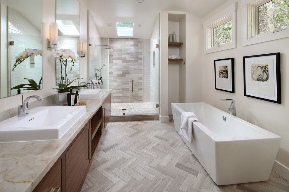 Master Bathroom $style In $location