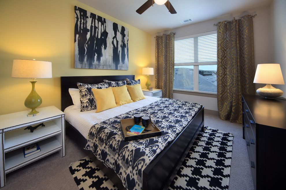 Icon at Dulles with Transitional Bedroom  and Transitional