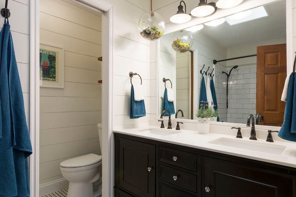 Iowa City Plumbers    Bathroom  and My Houzz