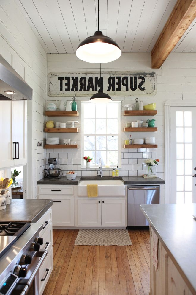 Joanna Gaines Age Farmhouse Exterior And Farmhouse