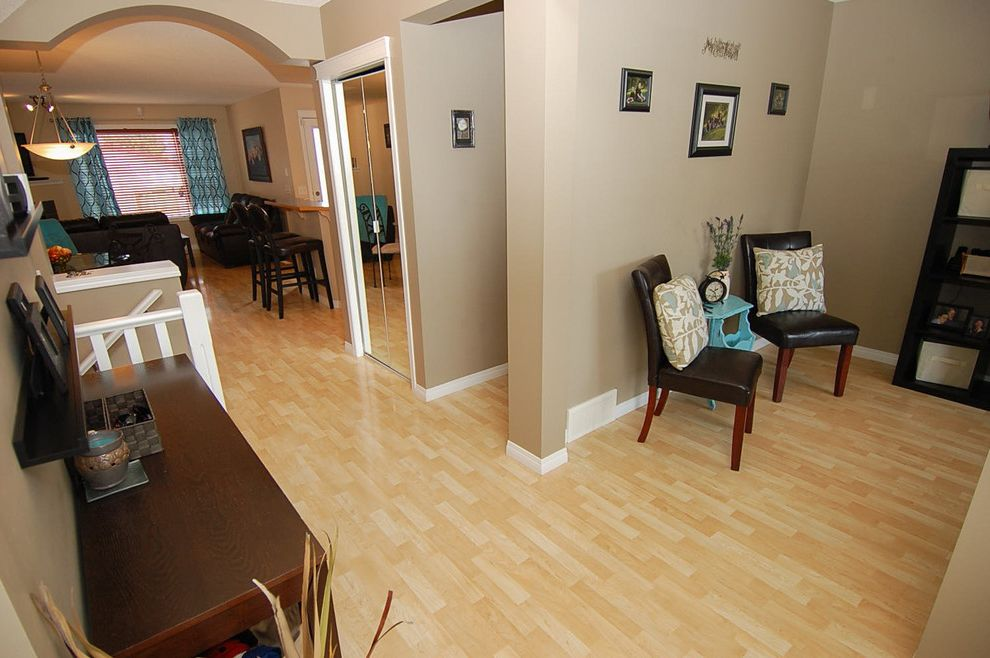 Joe Hayden Realtor    Entry  and Accent Calgary Colorful Accents Decor Decorating Home Staging Real Estate Realtors Yyc