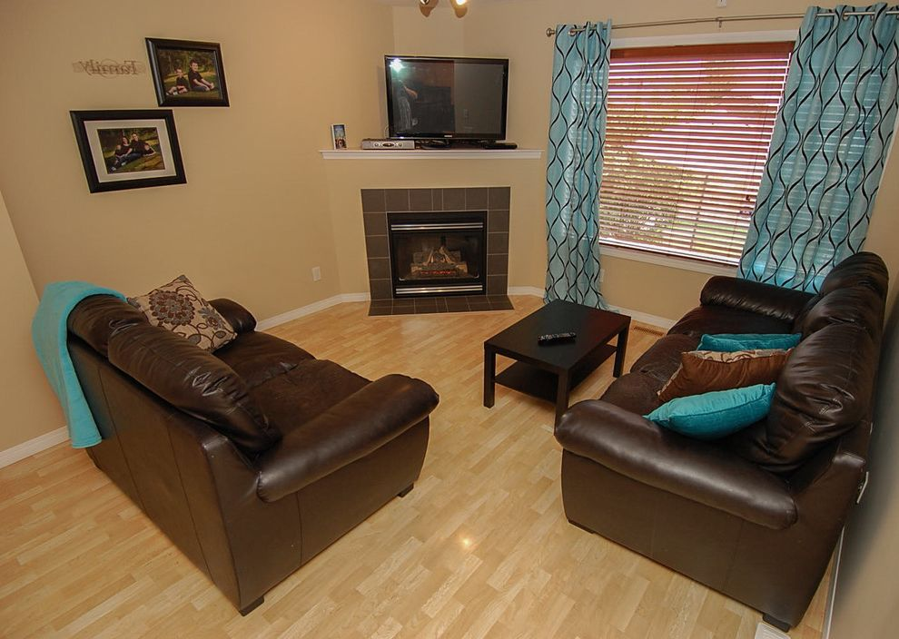 Joe Hayden Realtor    Family Room Also Accent Calgary Colorful Accents Decor Decorating Home Staging Real Estate Realtors Yyc