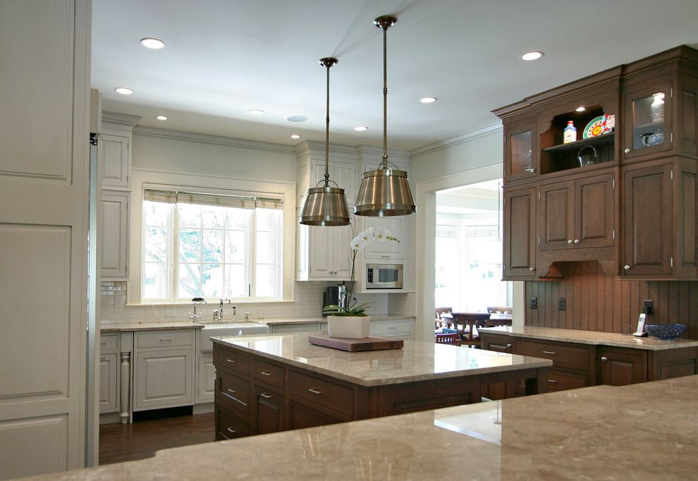 Kb Homes Orlando   Traditional Kitchen  and Beadboard Ceiling Lighting Kitchen Hardware Kitchen Island Pendant Lighting Recessed Lighting Two Tone Cabinets White Cabinets White Kitchen Wood Cabinets