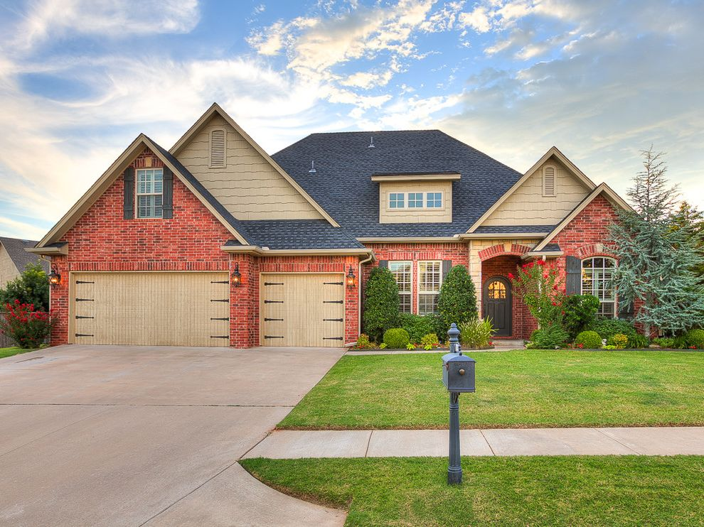 Keller Williams Okc   Traditional Exterior  and Deer Creek Design Forsale Home House Keller Williams Okc Oklahoma Oklahomacity Wyatt Poindexter