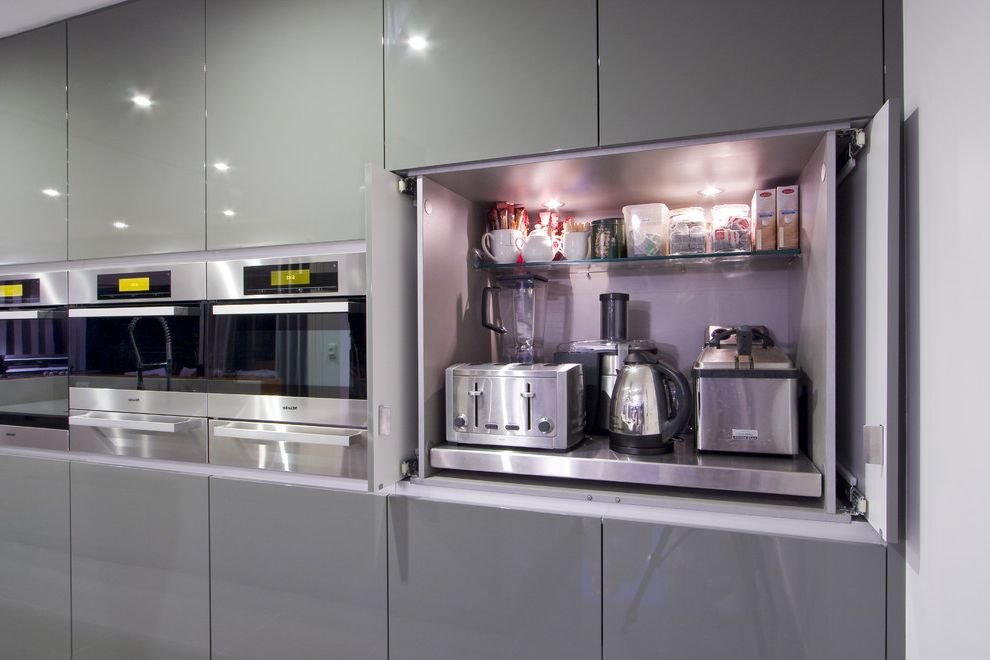 Contemporary Kitchen $style In $location