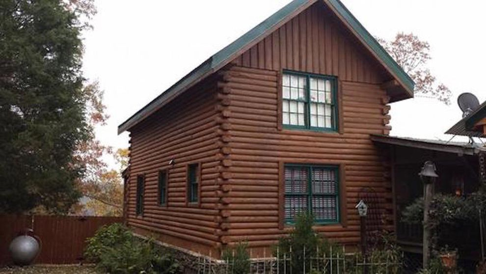 Log Cabin Stain with Farmhouse Exterior  and Deck Stain Exterior Hand Painted Log Cabin Log Home Repair Log Home Stain Paint Wall Coverings Pro Painting Professional Painter Sherwin Williams Superdeck Wood Exterior Wood Stain
