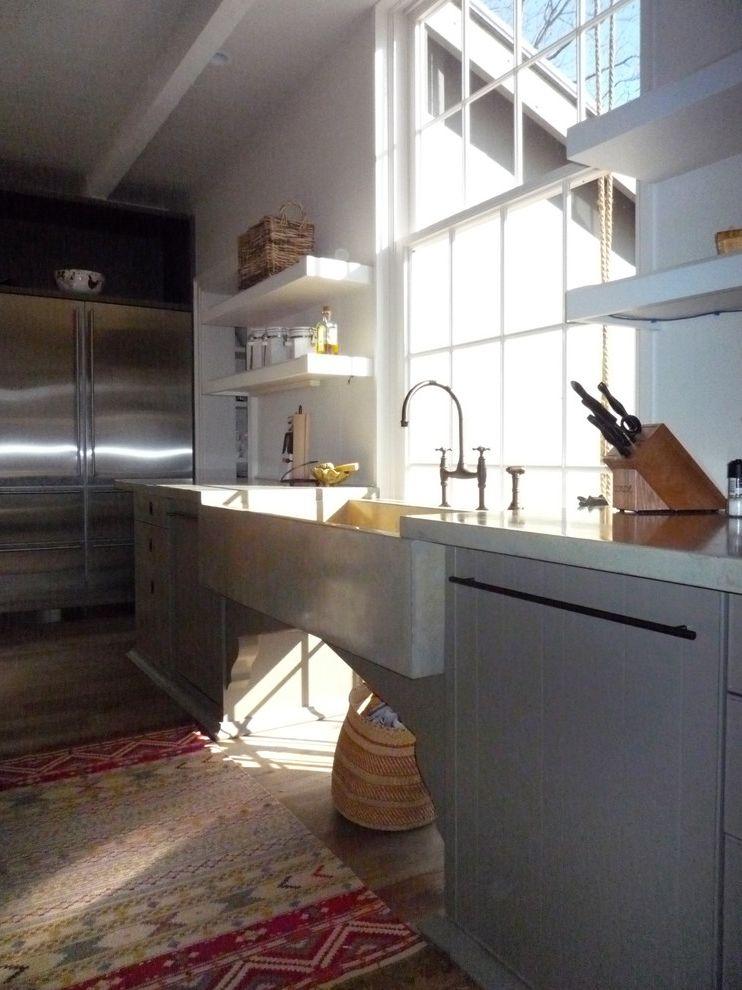 Lowes Apron with Farmhouse Kitchen and Farmhouse