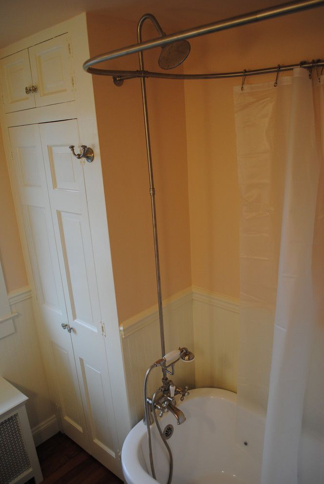 Lowes Avondale Pa   Traditional Bathroom Also Beadboard Clawfoot Tub Lowes Pink Small Bath