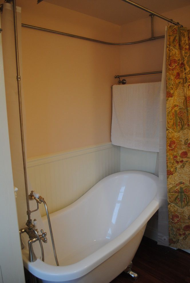 Lowes Avondale Pa   Traditional Bathroom  and Beadboard Clawfoot Tub Lowes Pink Small Bath