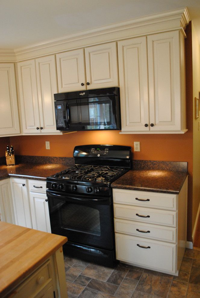 Lowes Avondale Pa   Traditional Kitchen Also Black Appliances Glazed Cabinets Laminate Countertop Laminate Tile Floor Oil Rubbed Bronze Fixtures Painted Cabinets Shenandoah Wilsonart