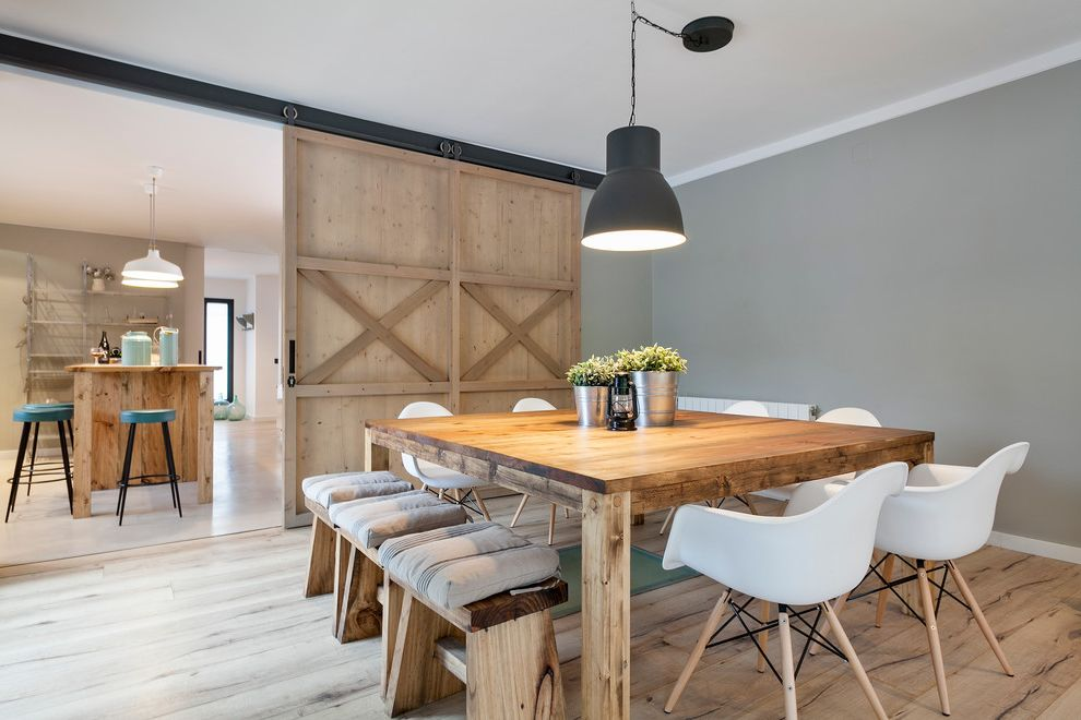 Lowes Mesa Az with Farmhouse Dining Room Also Black Pendant Light Butacas Lampara De Techo Lampara Industrial Mesa De Comedor Cuadrada Puerta Corredera Sliding Barn Doors Taburetes White Dining Chairs Wood Dining Bench Wood Dining Table