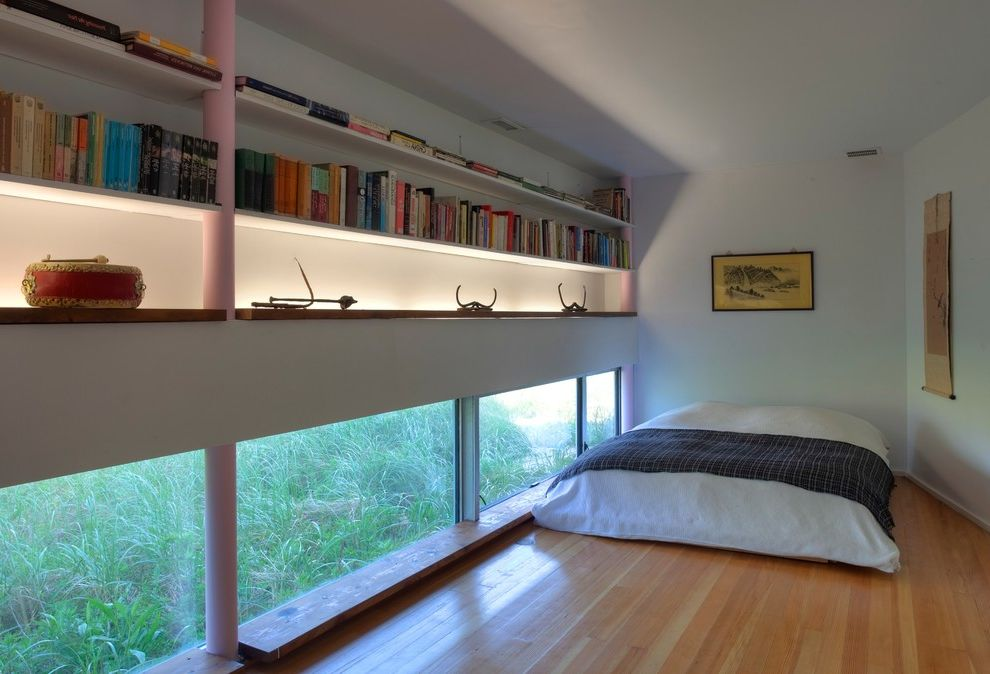 Lowes Oceanside with Contemporary Bedroom Also Amagansett Beach Bedroom Books Coastal House Library New York Niche Shelves Wood