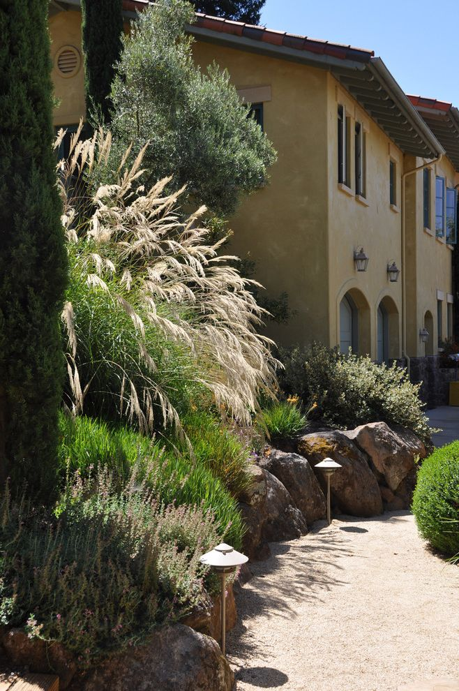 Lowes Sioux Falls   Traditional Landscape Also Boulder Wall Decomposed Granite Path Dry Creek Grasses Healdsburg