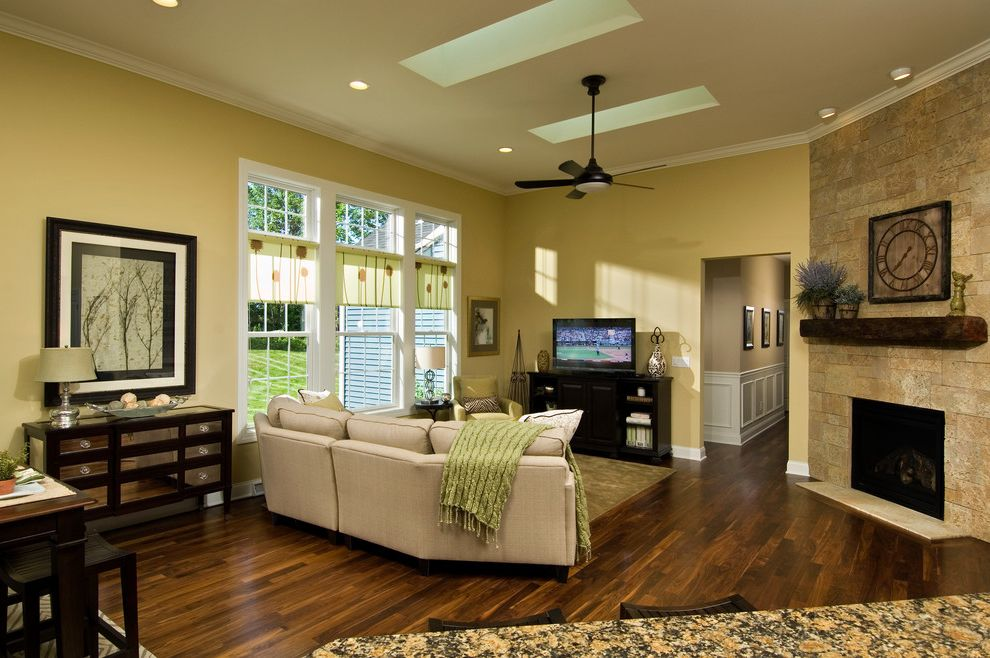 Marini Homes   Traditional Spaces Also Traditional