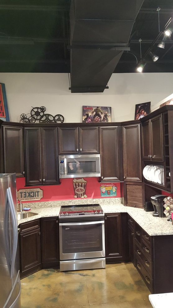 Midsouth Appliances with Traditional Kitchen and Bar Area Bathroom Vanities Cabinets Kitchen Laundry Room Cabinetry Mud Room
