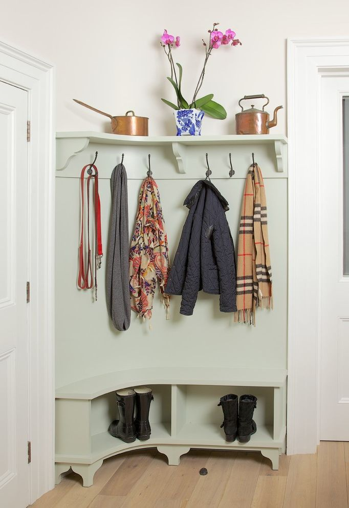 Missing Piece Tampa   Traditional Entry Also Bespoke Boot Room Built in Bench Coat Hooks Country Style Kitchen Curved Mudroom English Kitchen Hallway Hooks Handpainted Kitchen Hooks London London Kitchen Designer Plain English Shaker Style