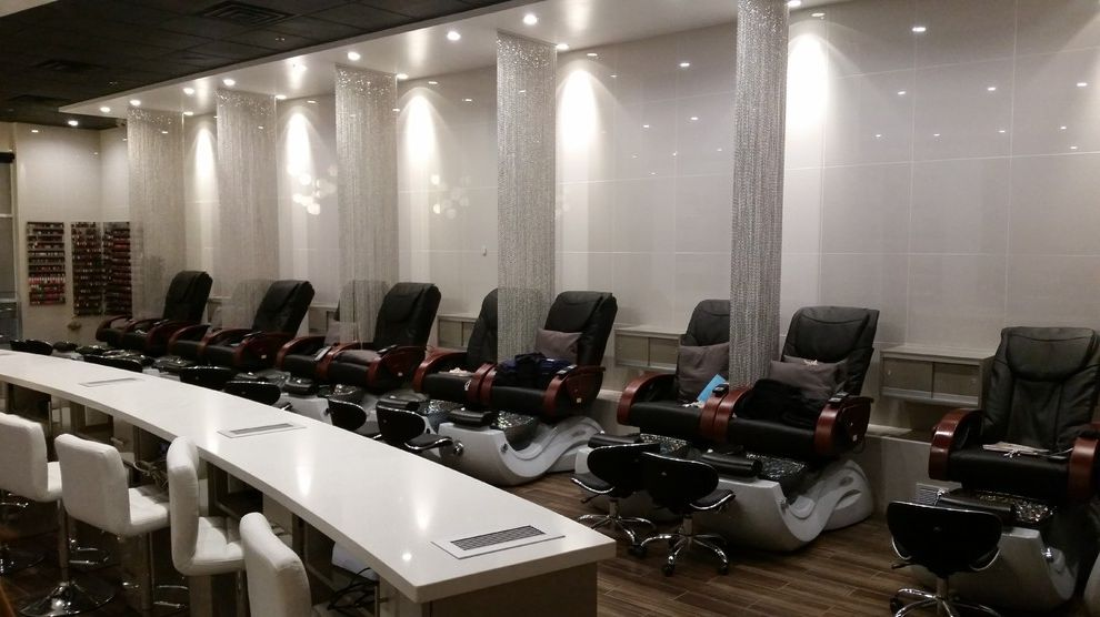 Nail Salons in Phoenix with Modern Spaces Also Comercial Contemporary Contemporary Design Modern Comercial Modern Design Modern Space Nail Salon Nail Station