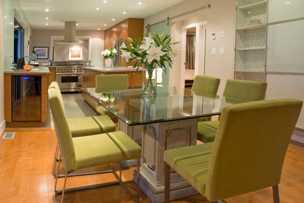 Oval Dining Table Pedestal Base with Contemporary Dining Room Also Floral Arrangement Glass Tabletop Kitchendining Lime Dining Chairs Medium Wood Floor Modern China Cabinet My Houzz Sliding Door Stainless Appliances U Shaped Kitchen White Lilies