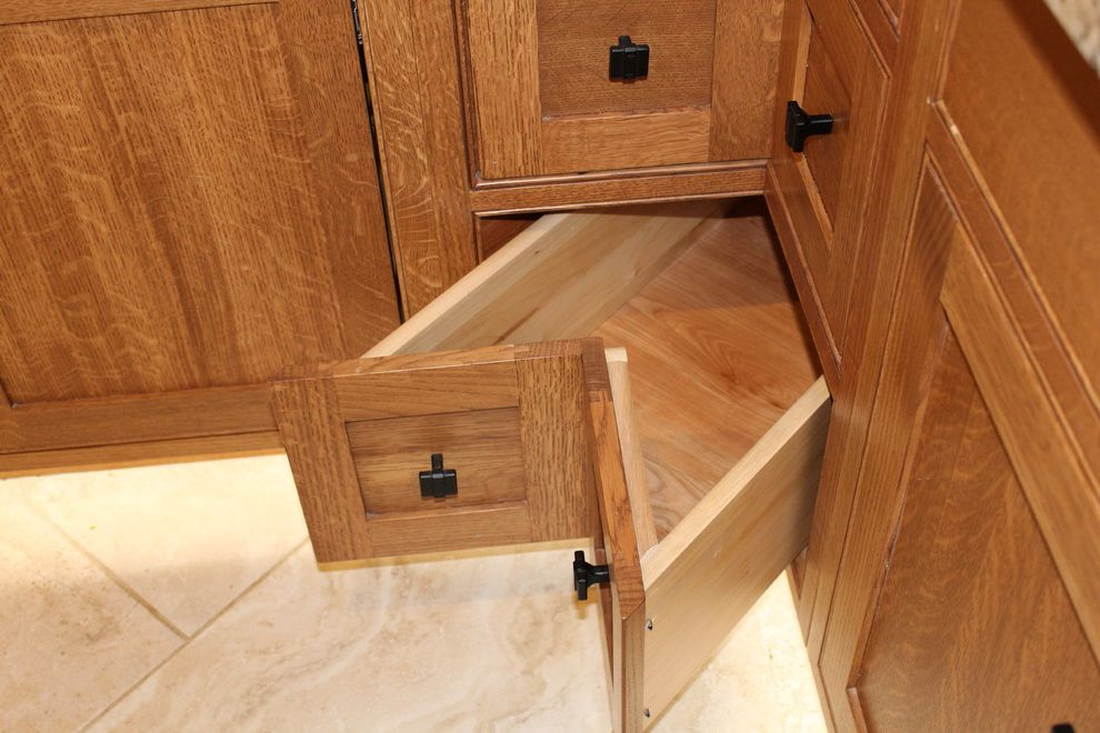 Pearl Finish Photo   Craftsman Kitchen  and Flat Panel Doors Quartersawn White Oak
