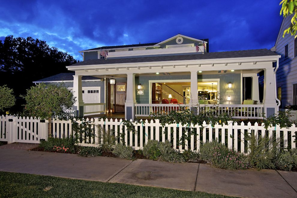 Pickett Fences with Craftsman Exterior  and Covered Porch Craftsman Front Yard Gable Roof Shingle White Picket Fence White Railing White Trim