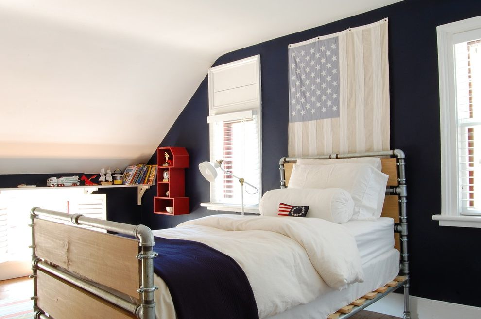 Proper Way to Hang the American Flag   Farmhouse Kids Also American Flag Dark Blue Walls Diy Family Industrial Bed Frame Renovation Rustic Saltbox