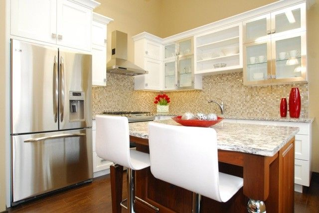 Riverstone Quartz with Transitional Kitchen  and Alberta Bellmont Cabinets Canmore Riverstone Kitchens