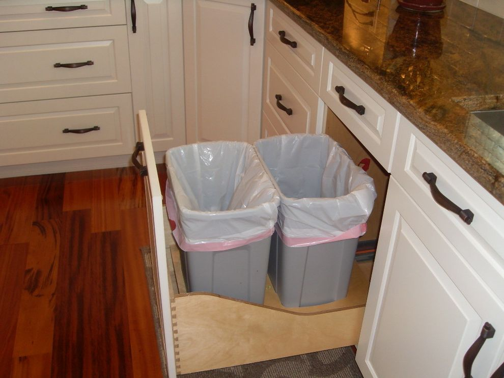 Rubbermaid Garbage Cans with Traditional Spaces  and Traditional