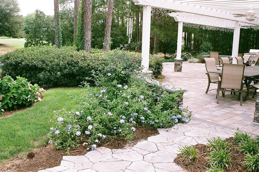 Ruth's Chris Jacksonville   Traditional Patio  and Garden Seat Wall Hardscape Pavers Pergola Stacked Stone