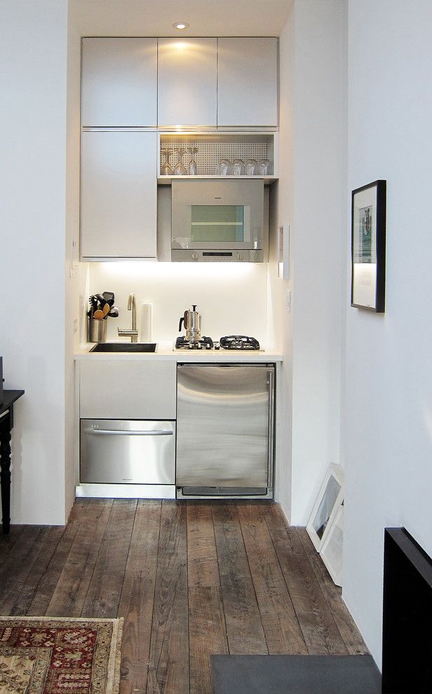 Small Dishwashers for Apartments   Contemporary Kitchen Also City Living New York City Kitchen Tiny Kitchen
