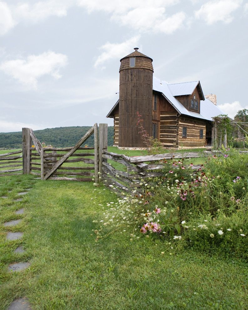 American Gothic Country Retreat $style In $location