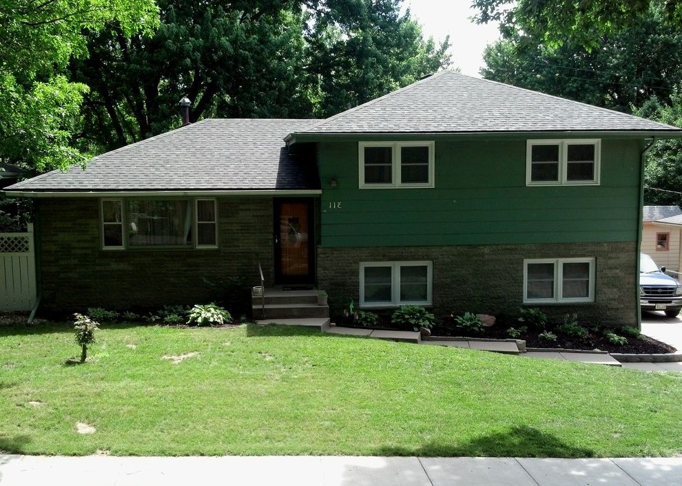 Tamko Heritage Shingles   Traditional Exterior Also Home Exterior Lincoln Midwest Nebraska Omaha Red Door Residential Roofing Roof Roofing Roofing Gutters Shingle Shingle Roof Shingle Style