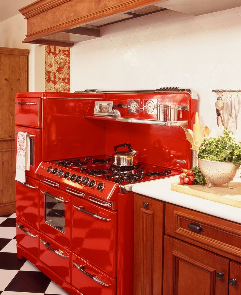 Town and Country Appliance with Traditional Kitchen  and Black and White Floor Checker Print Floor Cherry Cabinets Harlequin Floor Pattern Kitchen Hardware Range Hood Retro Thassos Marble Tile Backsplash Vintage Stove Wood Cabinets
